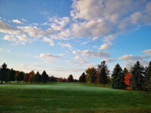 18 Hole Golf Course: 1 mile away, open to public